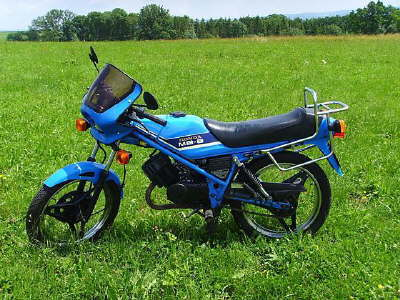 Yamaha It H